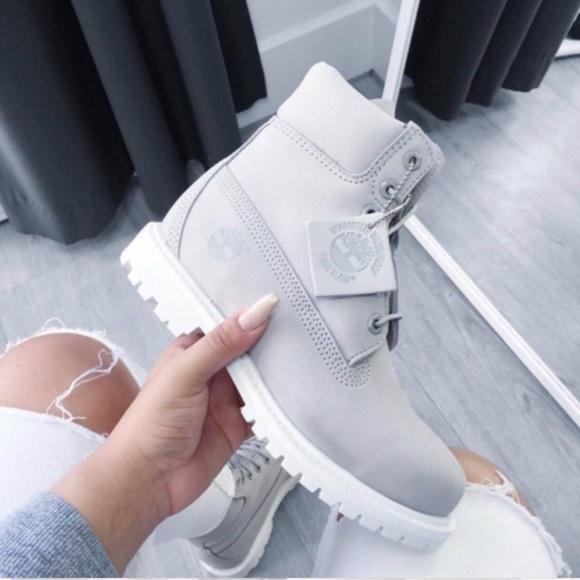 Grey Timberland Boots. M 5ad411f105f430f2c292d39b 9853da080